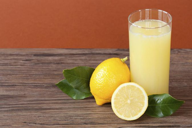 Lemon juice uses and health benefits