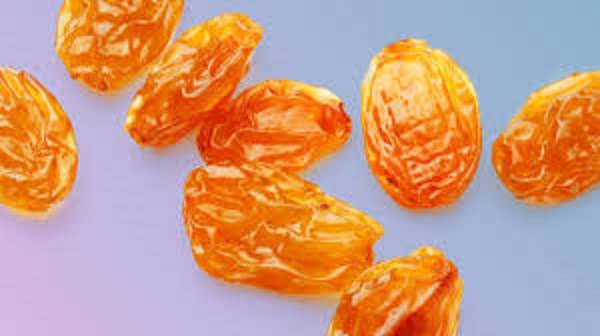 Health benefits of golden raisins