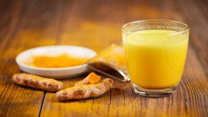 Avantages pour la santé du lait au curcuma &quot;width =&quot; 300 &quot;height =&quot; 169 &quot;/&gt;</h3><h3 style=
