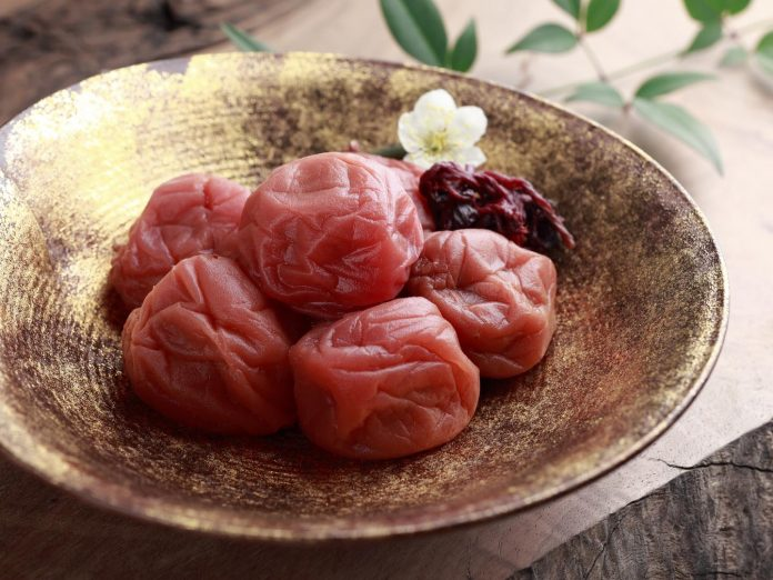 Health benefits of umeboshi plums