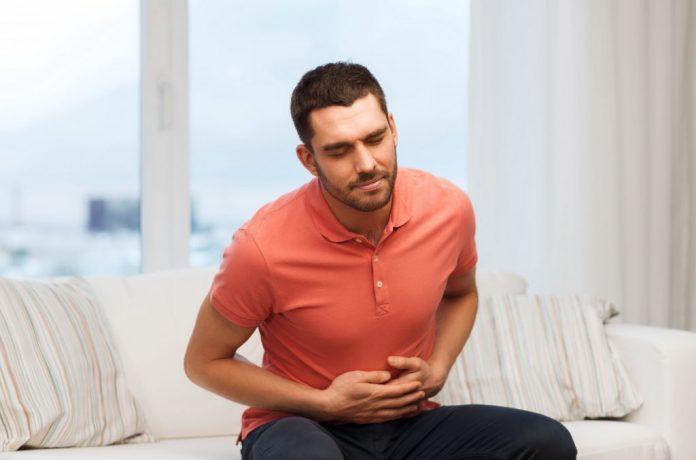 Hiatal hernia symptoms causes