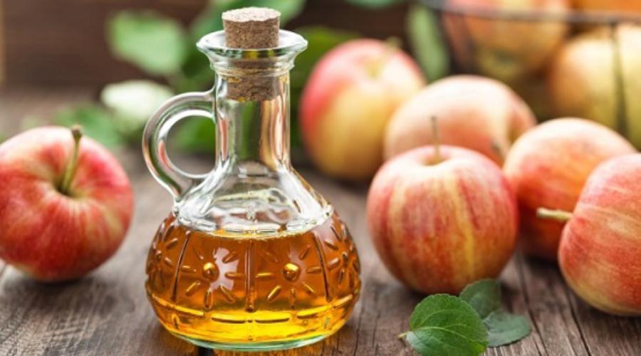 Health benefits of apple seed oil