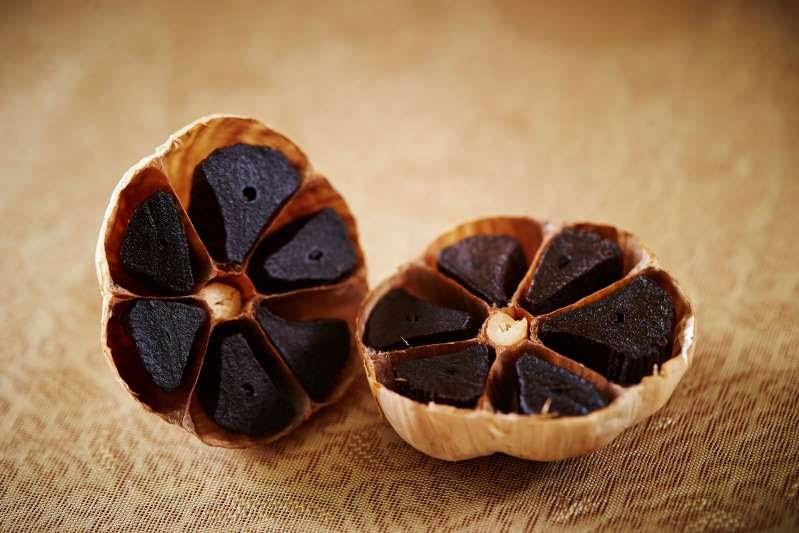 black garlic detox