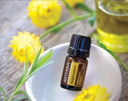 helichrysum essential oil health benefits