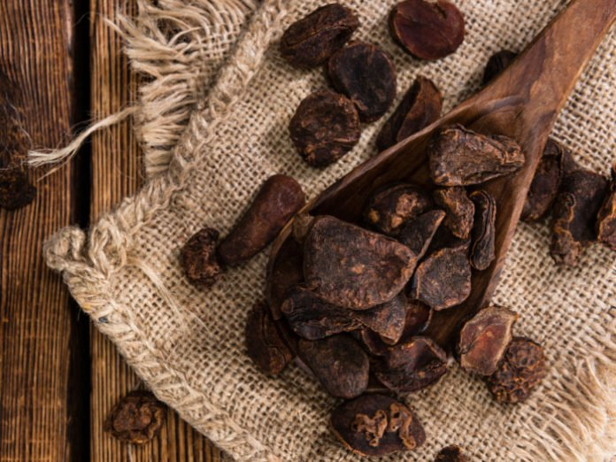 kola nuts side effects